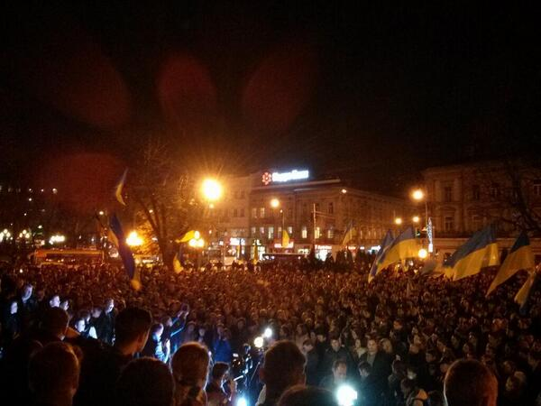 Big rally at Euromaidan in Lviv