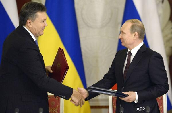Presidents Putin & Yanukovych sign series of Russia-Ukraine agreements