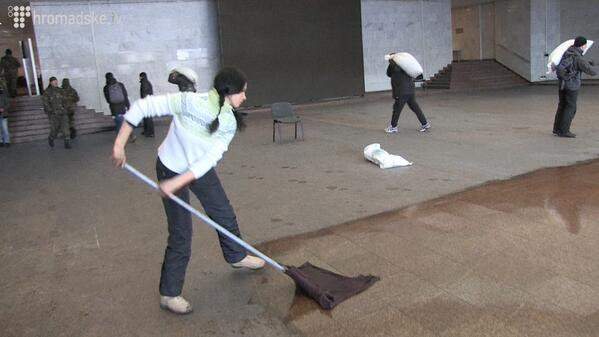 In occupied Ukrainian house general cleaning