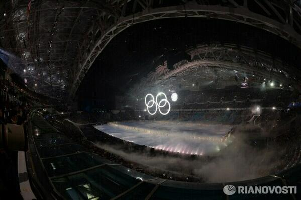 Ring failed to open at Olympic games in Sochi