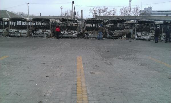 In Dnipropetrovsk 25 city buses were burned tonight