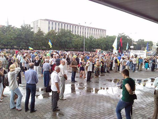 Pro-russian rally in Dnipropetrovsk failed, only Ukrainian
