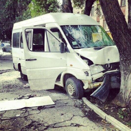 Terrorists shot a minibus In Donetsk. There are wounded