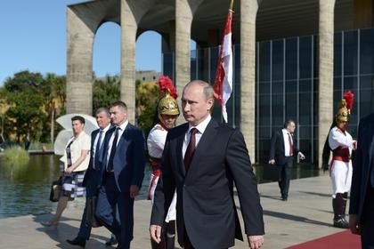 Putin called BRICS countries to resist the U.S.