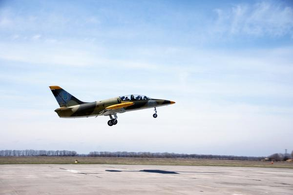 The students of the third course of the Kharkiv University of aircraft began flying practice