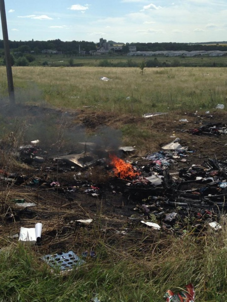 Fire on the crash site of MH17