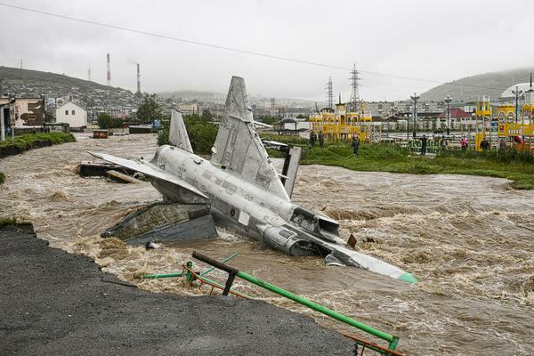 Floods in Magadan, Russia. And Su-15TM