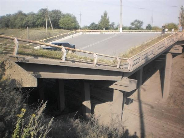 Terrosist have blown up another bridge on route Kalinovka-Nikitovka