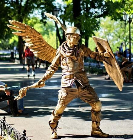 Maidan living statue in Odessa