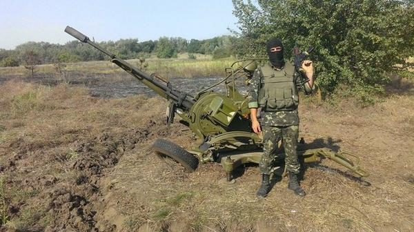 Shelling from Russia. Militant with heavy artillery inside Russia near Mozhaevka
