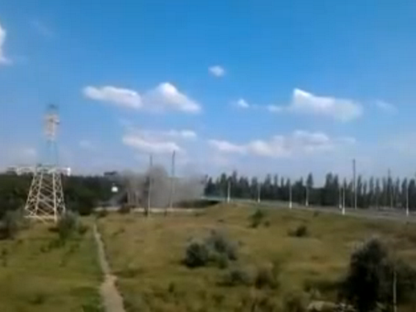 Militants blew pedestrian bridge in Horlivka