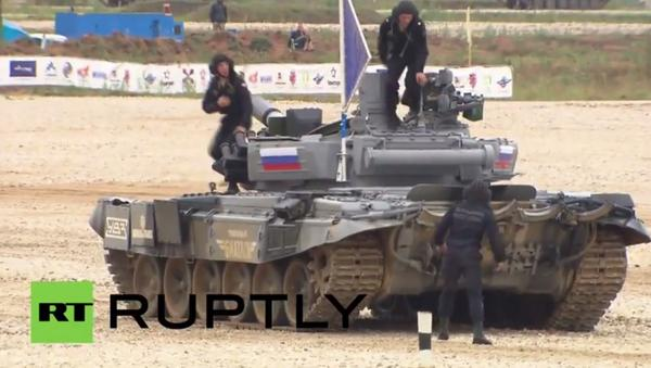 The Russian crews win the Russian tank biathlon wargames