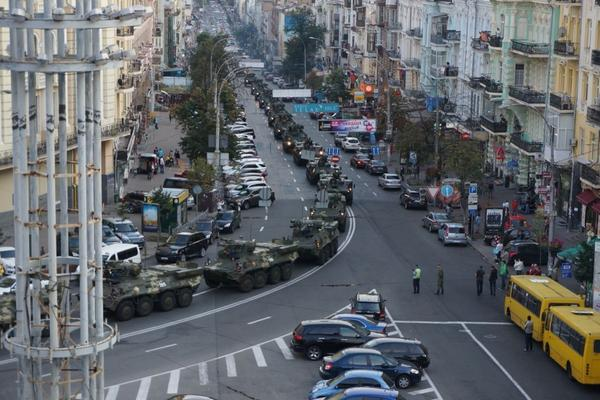 Military convoy in Kyiv