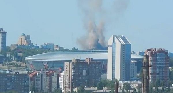 Shells hit area of Donbass Arena stadium