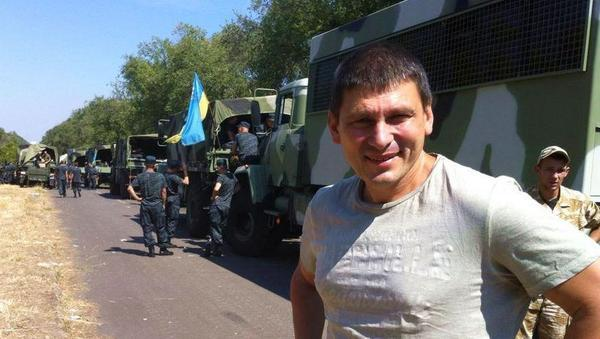 Large convoy with heavy equipment arrives in Mariupol