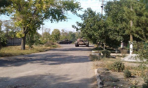 Russian tanks in Novoazovsk