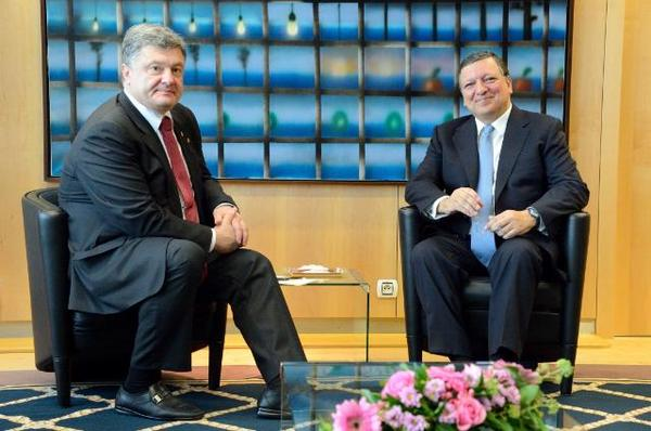 Poroshenko met with Barroso in Brussels. Now there should be a briefing