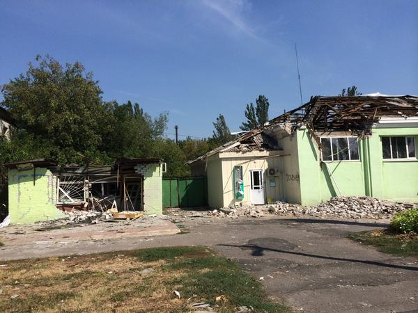 Damage in central Yasinuvata. The town is one of the worst affected in region. No food. No medicine. No water or gas