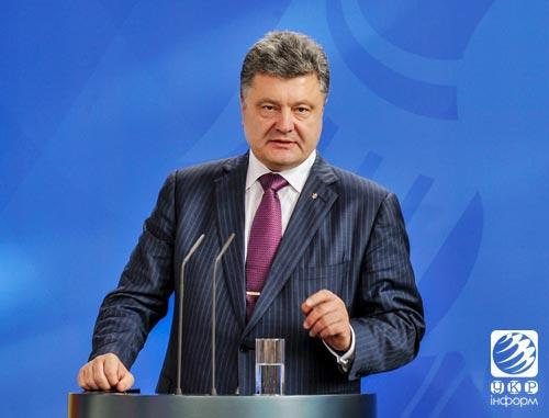 Poroshenko calls for release of hostages and withdrawal of Russian troops