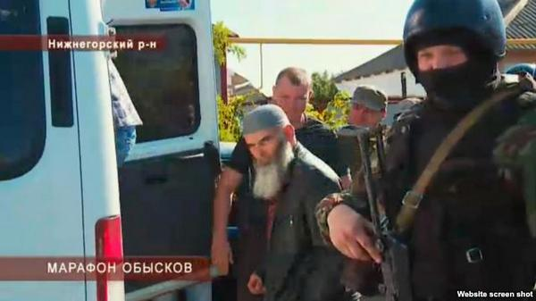 More armed searches of Crimean Tatar homes in Crimea