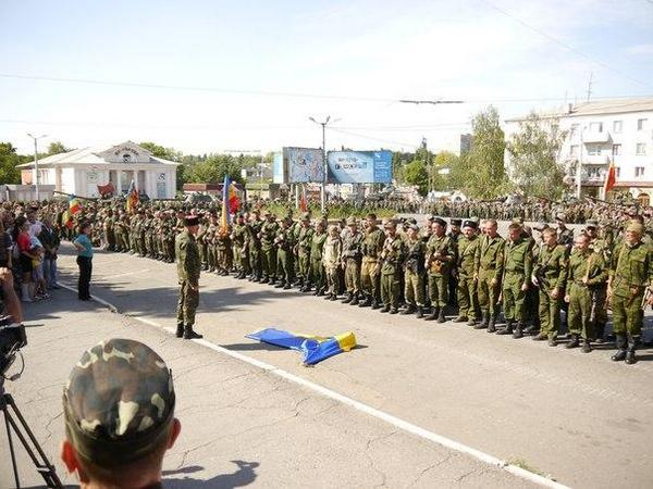 About 1000 of Russian terrorists meeting in Perevalsk, near Lugansk, ready to attack tomorrow