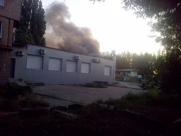 Donetsk. Woodworking in Kuibyshev district is on fire