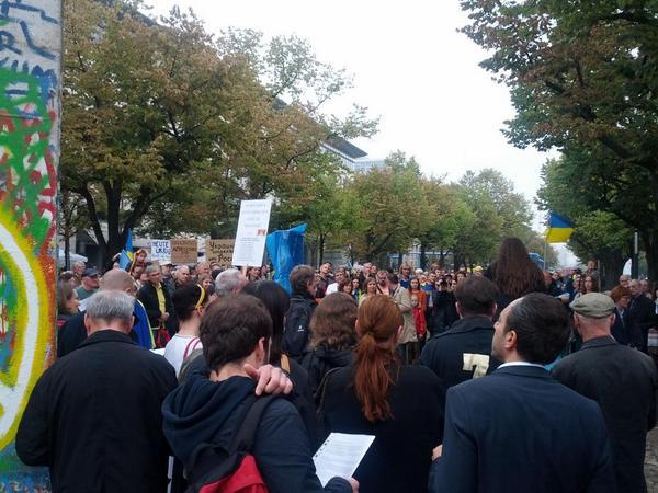 Pro-Ukraine rally against Russia's war in Ukraine organized by many NGO's in Berlin