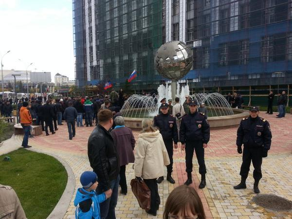 Peace march in Novosibirsk  was disrupted by police and titushki