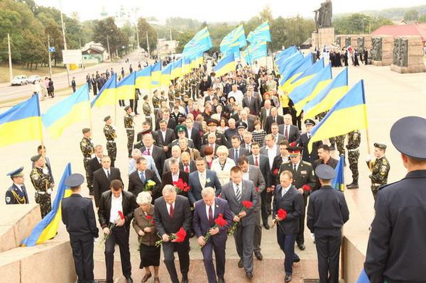 Chernihiv is celebrating the 71st anniversary of its liberation from Nazi invaders