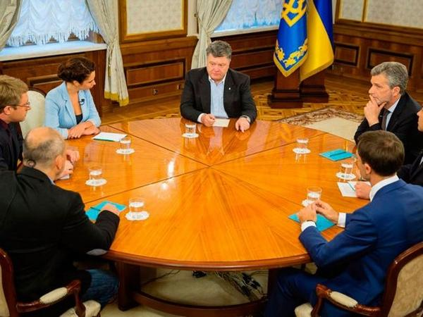 Poroshenko: Ukrainian forces lost 65% of vehicles on frontline