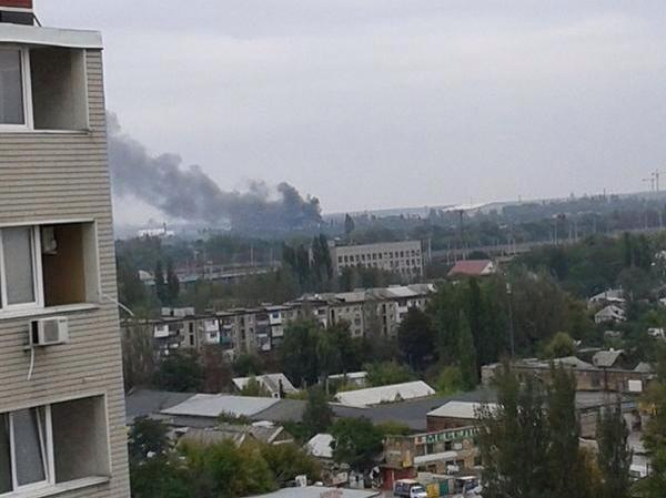 There is black smoke in the area of Donetsk airport