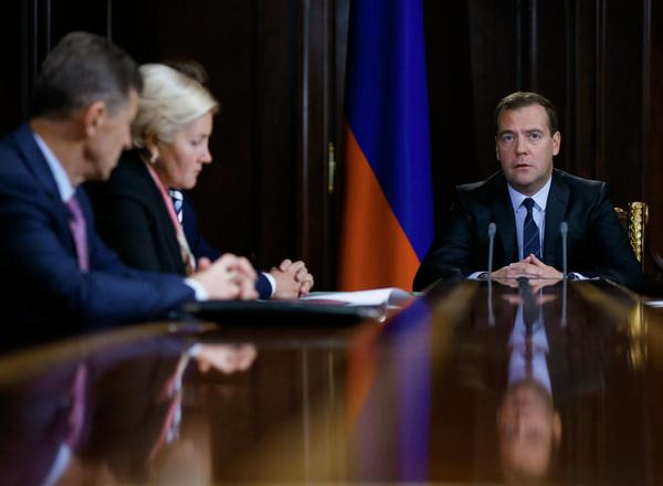 Dmitry Medvedev: the Situation in the tourist market is bad, hard