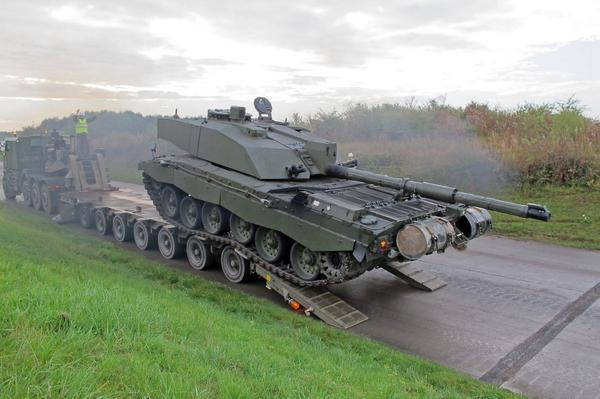 .@BritishArmy Challenger 2 tanks ready be transported to Poland for Exercise Black Eagle.
