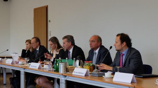 Trilateral Russia-Ukraine-EU gas talks to start in Berlin.