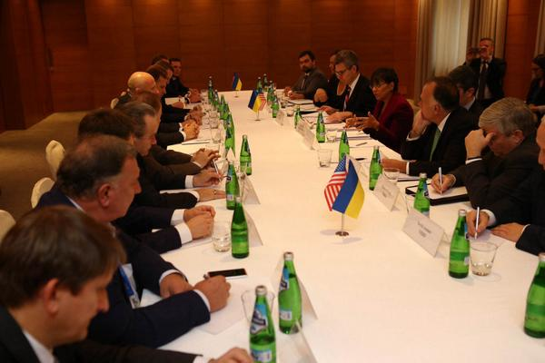 Meeting of secretary @PennyPritzker and companies from AmCham/US-Ukrainian Business Council