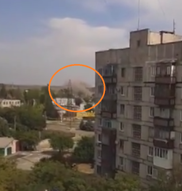 Russian Grad missiles hit extremely close to eastern Mariupol
