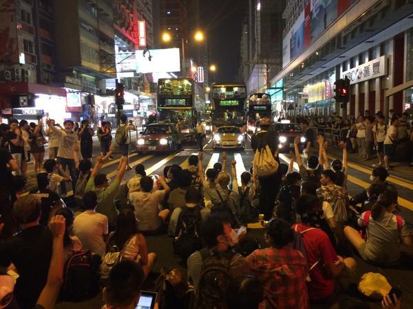 Mong Kok protesters blocking Nathan Road, a hugely busy Kowloon thoroughfare. Quite a sight HongKong