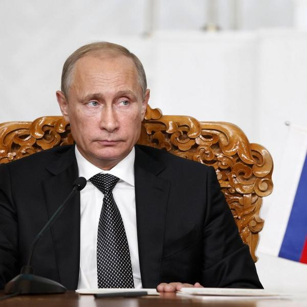 Putin says Russia 'not considering' censoring Internet, blames CIA for misinformation