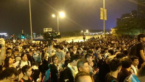 Everyone waiting. It's extremely tense but protesters are quiet OccupyCentral UmbrellaRevolution