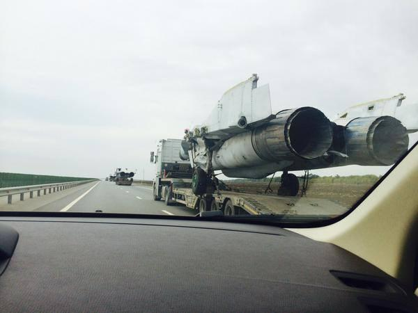 Column of Russian MiG-29s on M4 highway fr Rostov to Krasnodar