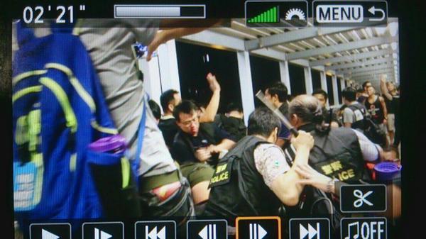 CITIC overpass civilian-disguise cops threaten w/ battons