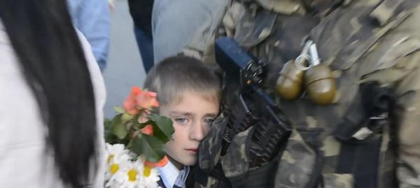 Dnipropetrovsk Son met his father from 25 airborne brigade