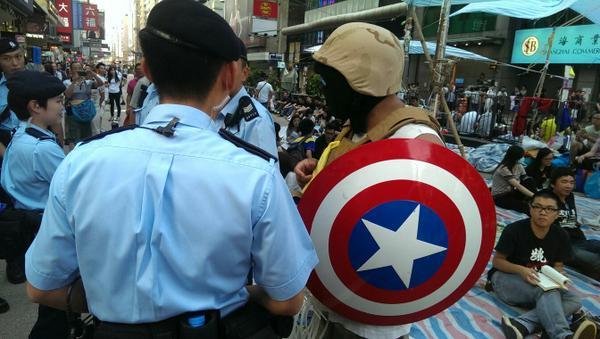 Капітан Америка теж тут