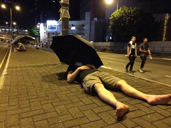 UmbrellaRevolution protestors are tired after days of sleeping in HongKong streets. Numbers are shrinking.