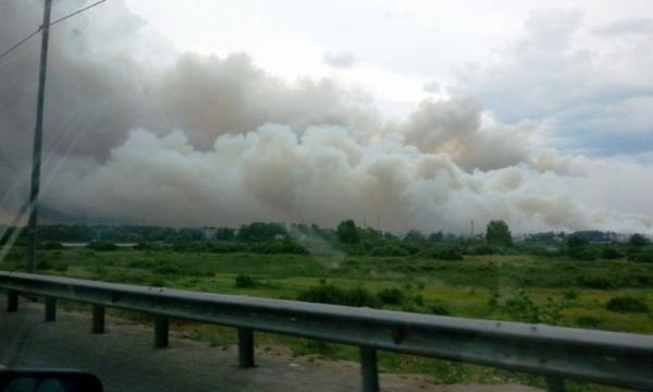 Due to peat fires the regional road in Dnipropetrovsk region was closed