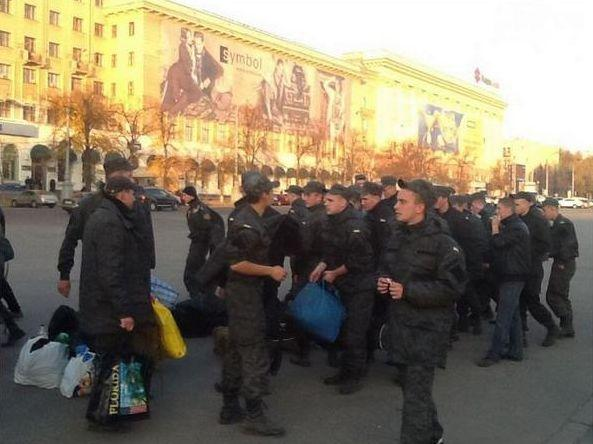 National guard going from Kharkiv to protests