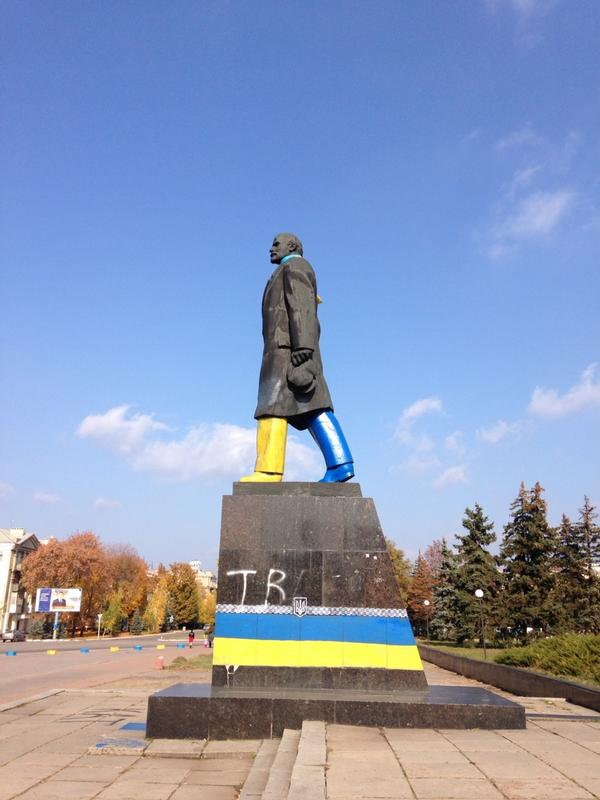 In Kramatorsk, Lenin now marches in a new Ukraine