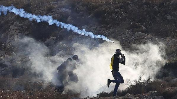 Israel forces attack solidarity protest in Ramallah, for al-Aqsa mosque with teargas