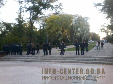 Police guarding pro-Russians rally In Odessa