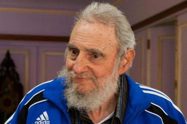 Fidel Castro says Cuba is ready to work with it on Ebola